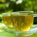 Cao huyết áp có nên uống trà xanh